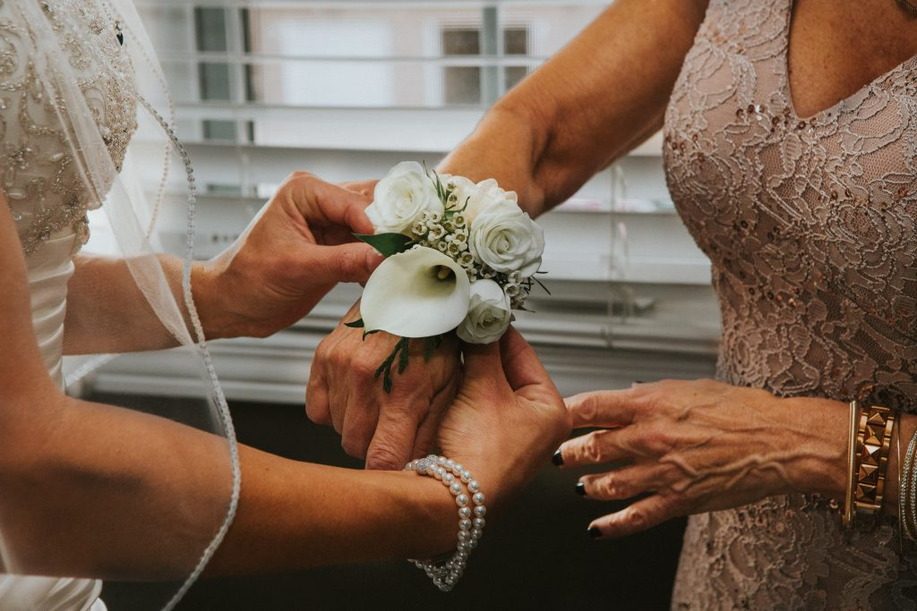 Can the Mothers of the Bride and Groom Wear the Same Colour as the Bridesmaids in a Luxury Destination Wedding